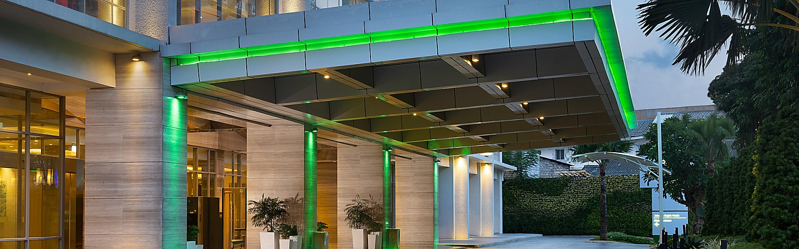 Holiday Inn Hotel Suites Jakarta Gajah Mada Hotel Reviews Photos