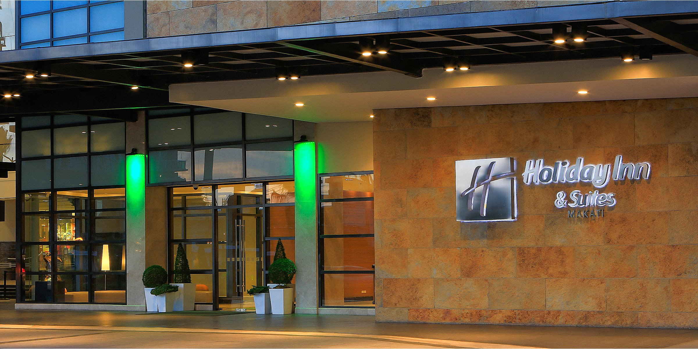Holiday Inn Hotel Suites Makati Hotel By Ihg