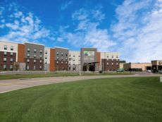 Holiday Inn & Suites Sioux Falls - Airport
