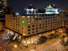 Holiday Inn Montreal Centreville Downtown