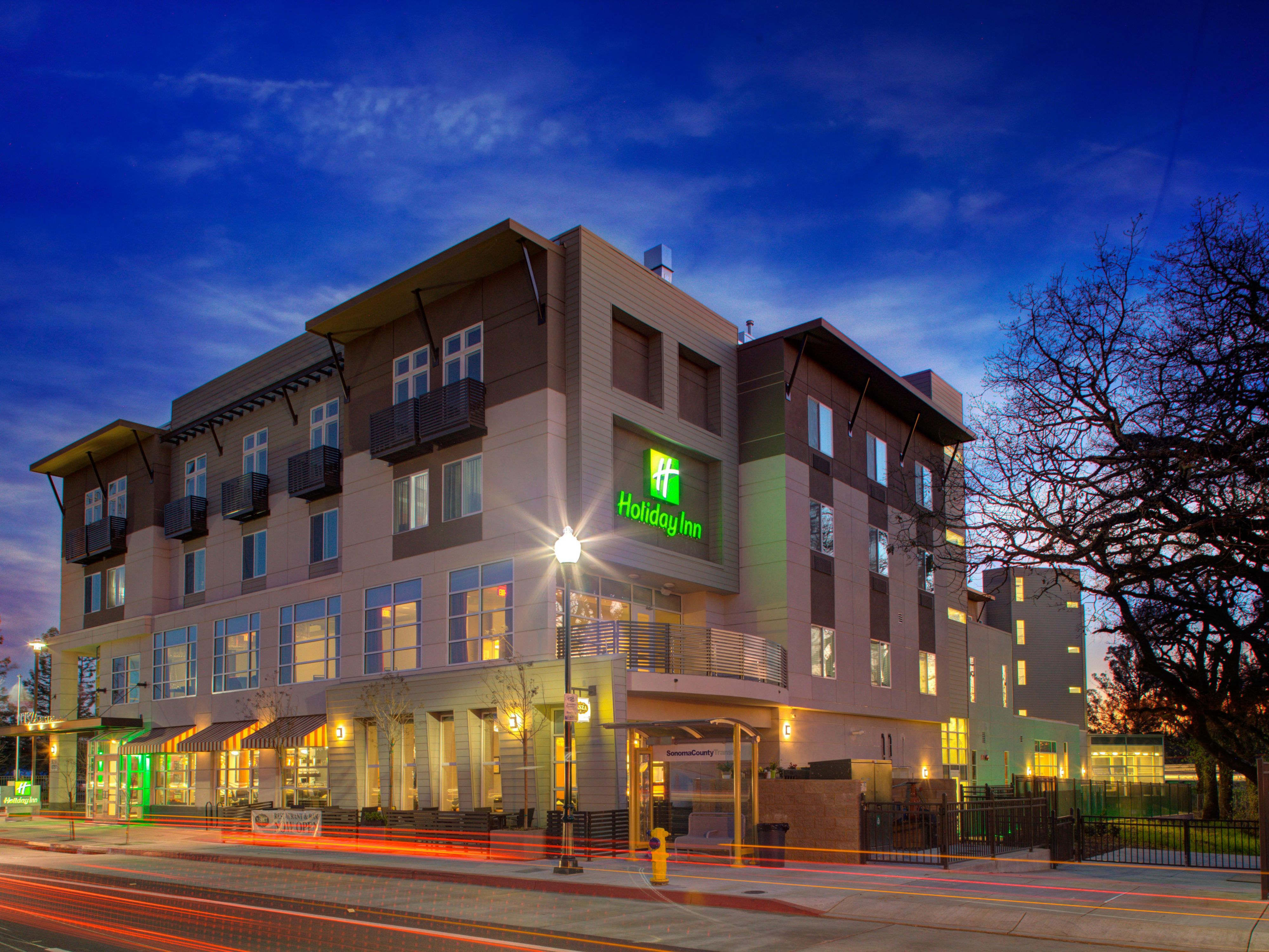 Hotels In Windsor Ca Holiday Inn Windsor Wine Country