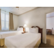 Room type has 1 Queen and two twin beds (TK1G)