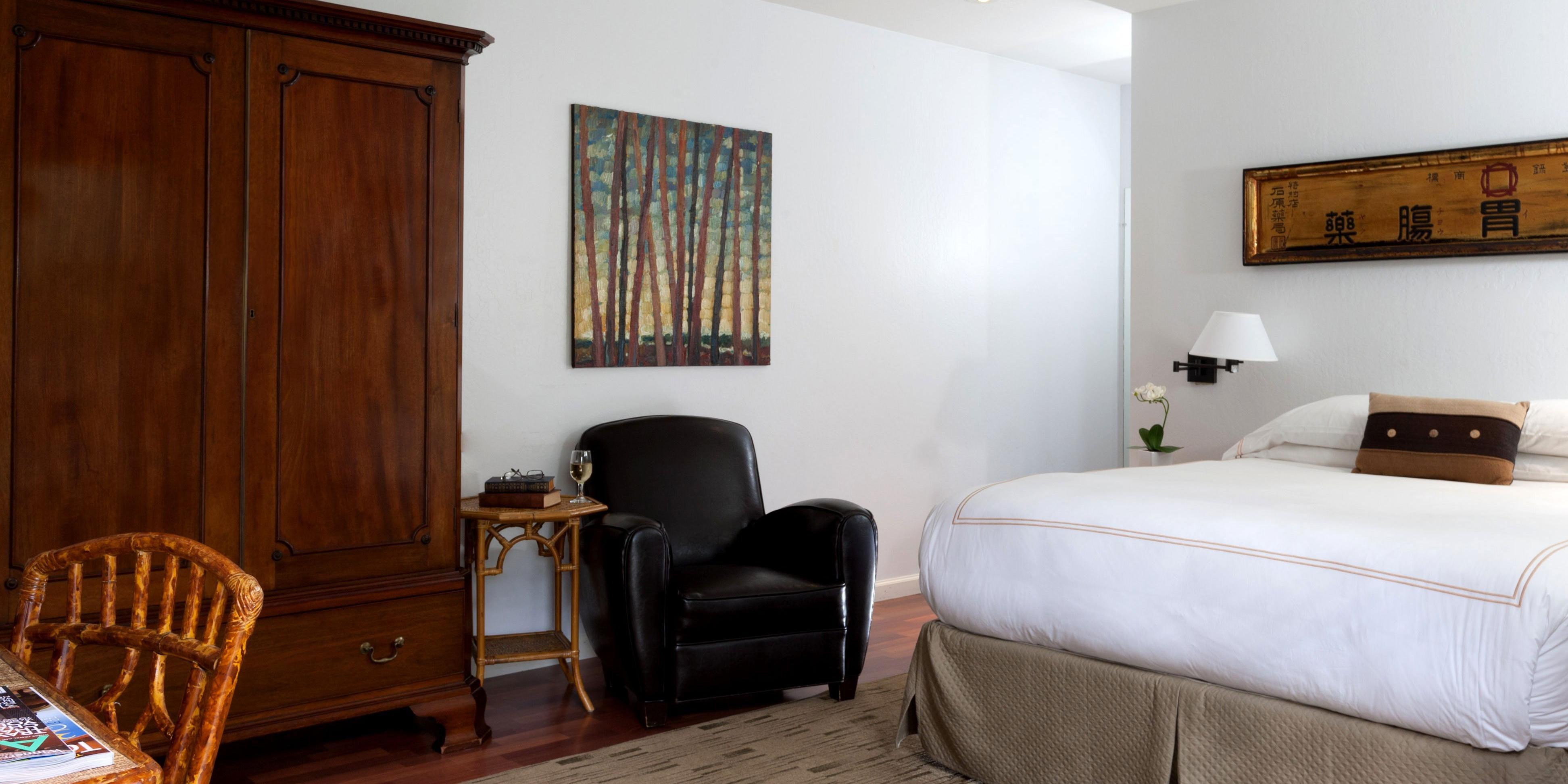 Deluxe Queen Guestroom