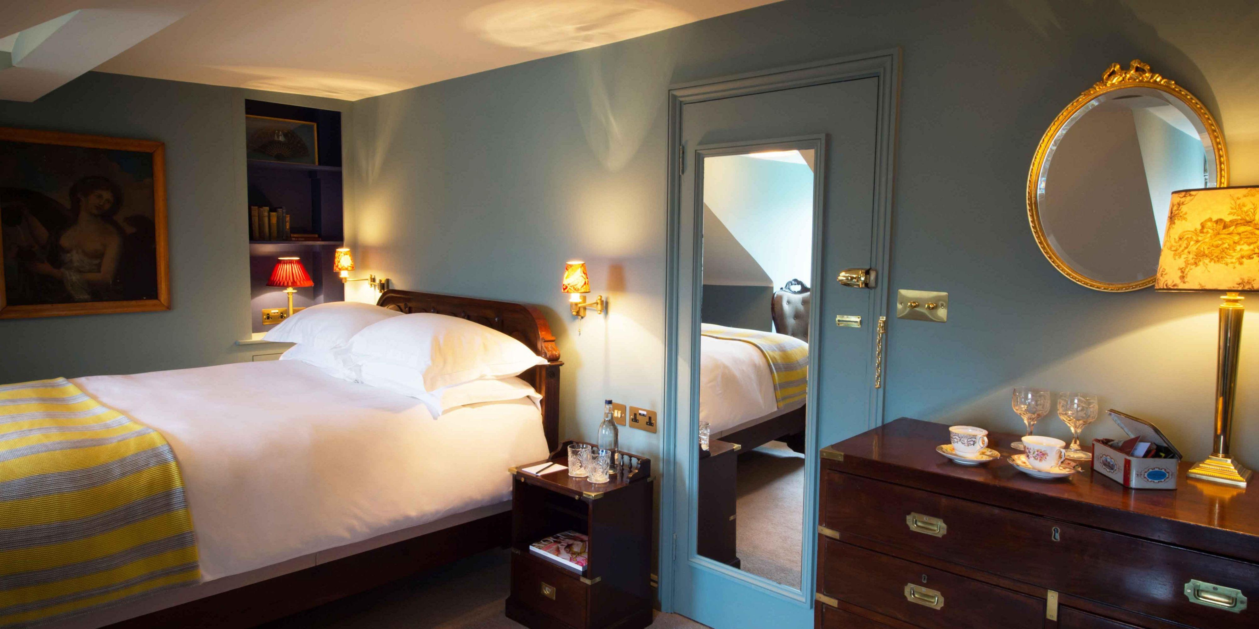 Jolly Good bedroom