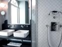 Grand Covent Garden bathroom