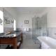 Cottage Suite – Columbine bathroom