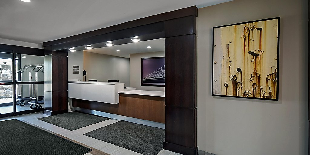 Extended Stay Hotel Suites In Holland Michigan Staybridge Suites Holland