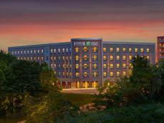 Staybridge Suites Boston-Quincy