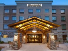 Staybridge Suites Sterling Heights - Detroit