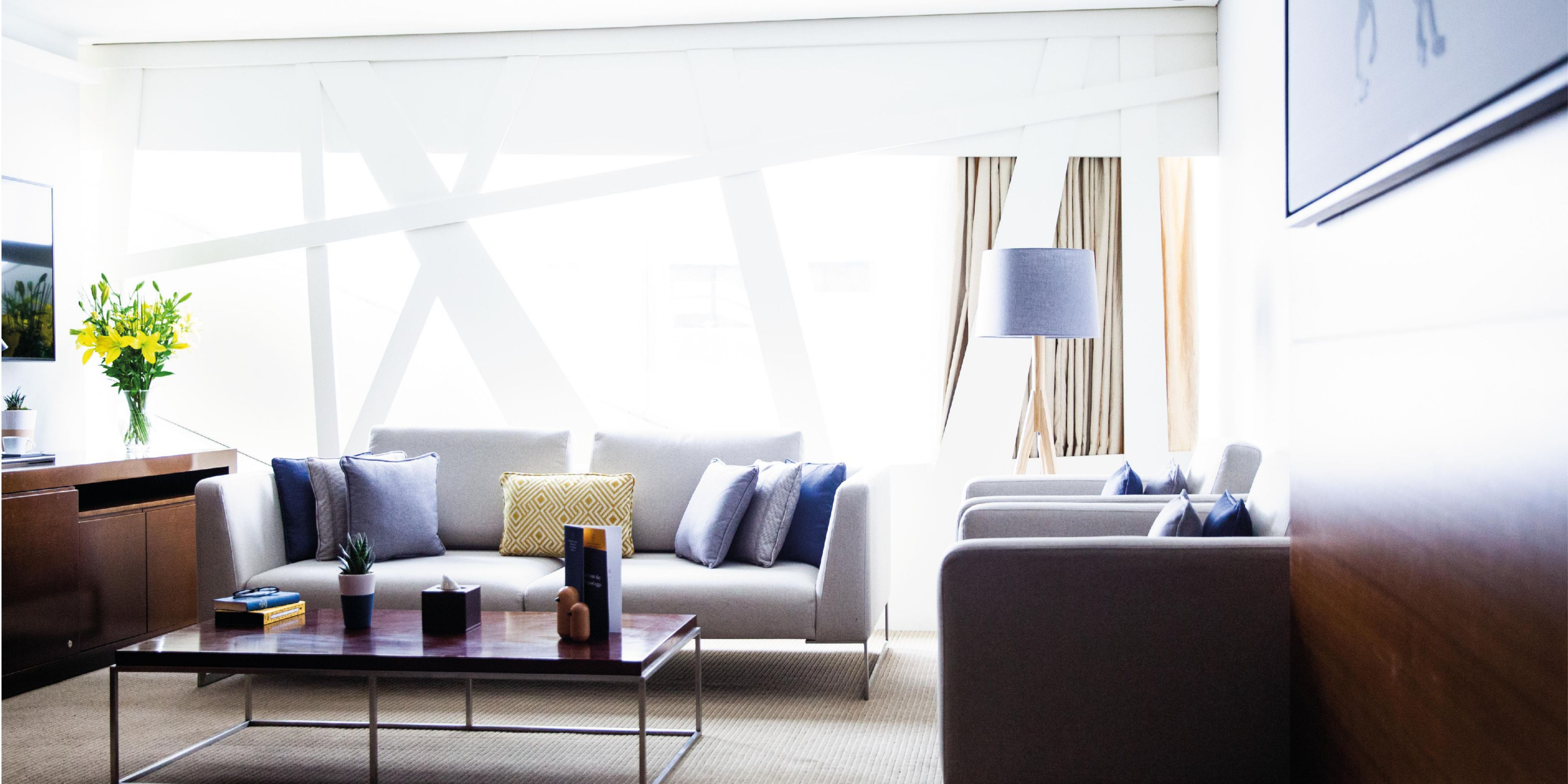 Accessible Premiere Suite with views of Sheikh Zayed Road