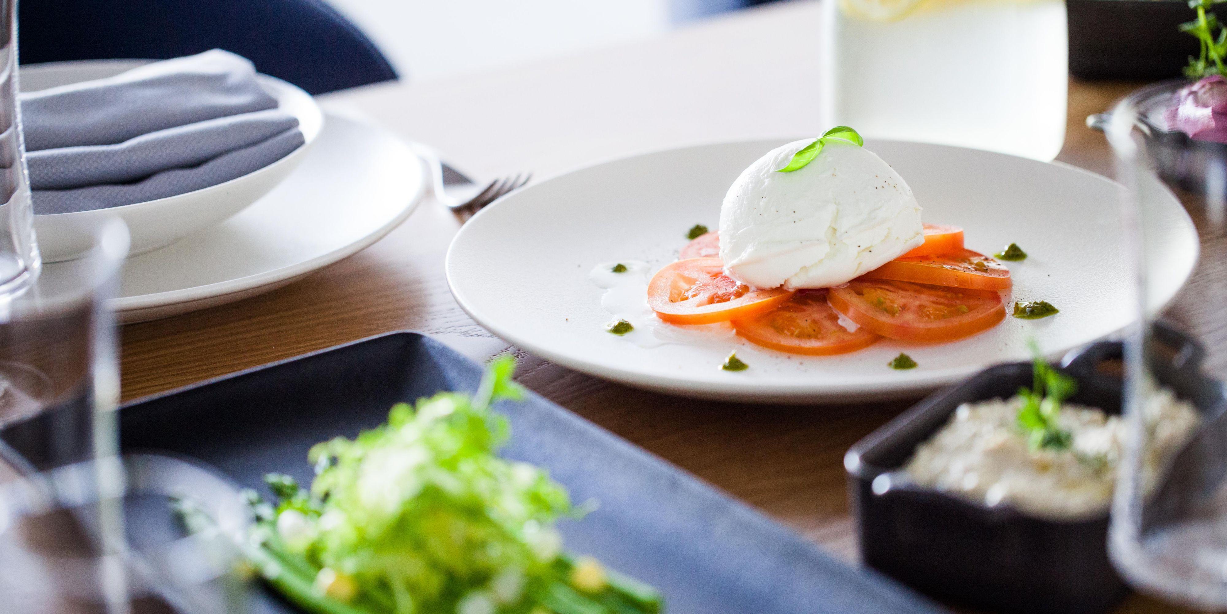 Celsius Restaurant, voco Dubai, Sheikh Zayed Road. All day dining