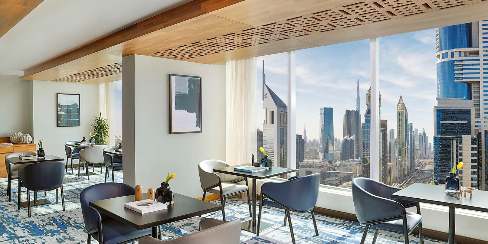 Club Lounge, 42nd Floor, views of Sheikh Zayed Road and Jumeirah