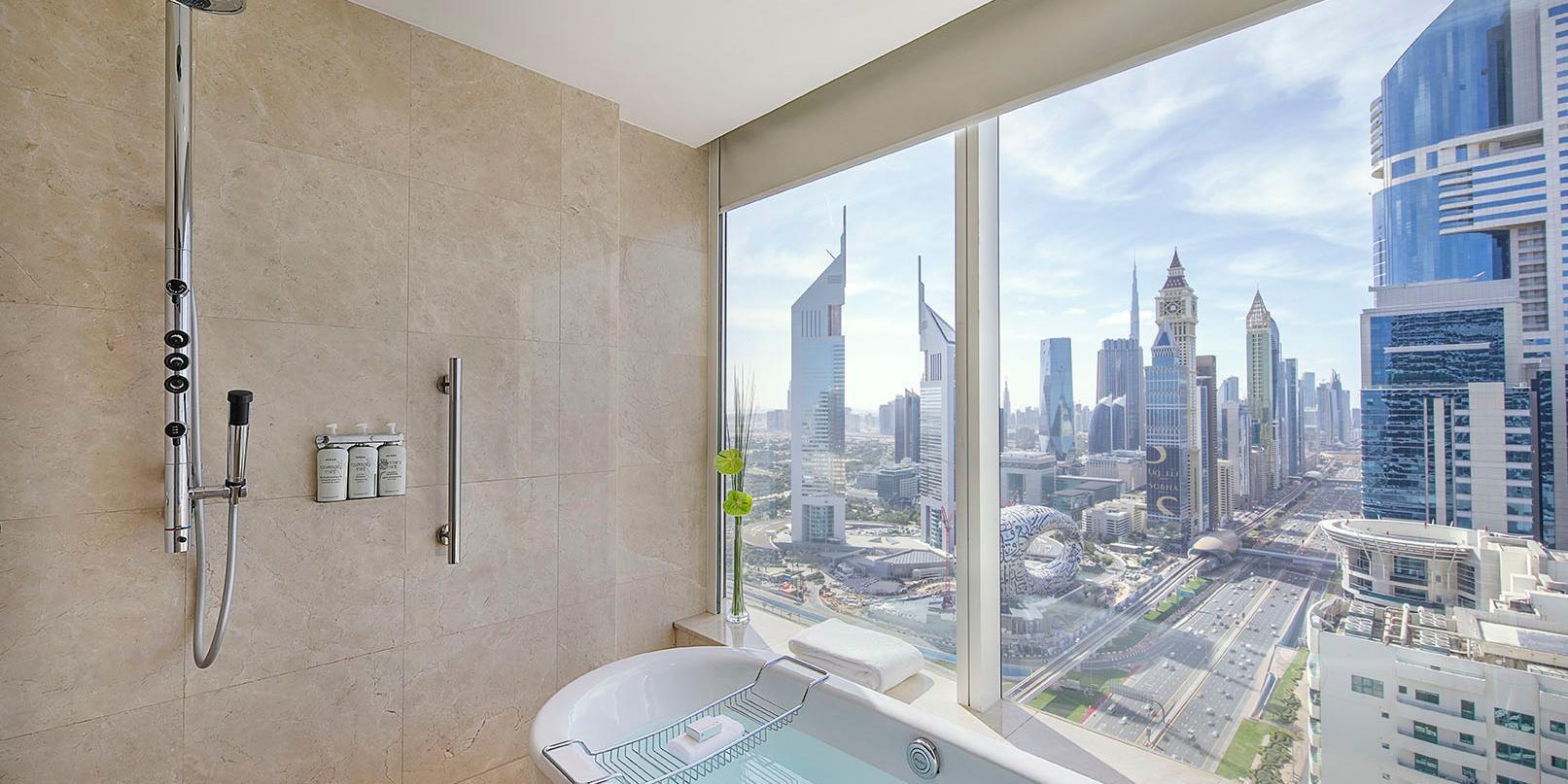 Superior Room bathroom, with Sheikh Zayed Road views, Dubai