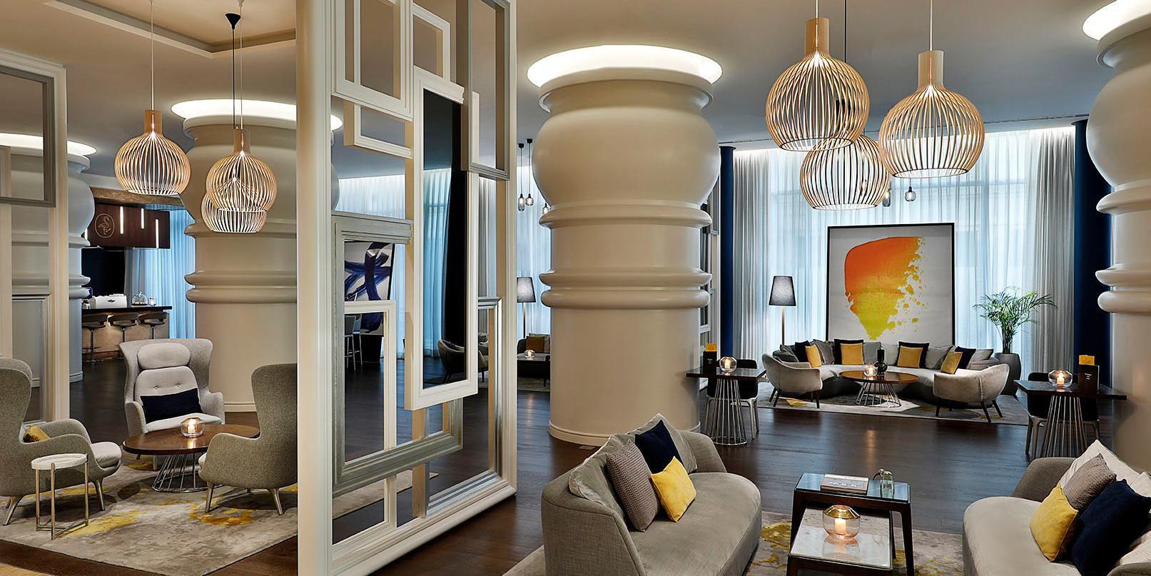 The Lounge, voco Dubai, Sheikh Zayed Road, near DIFC