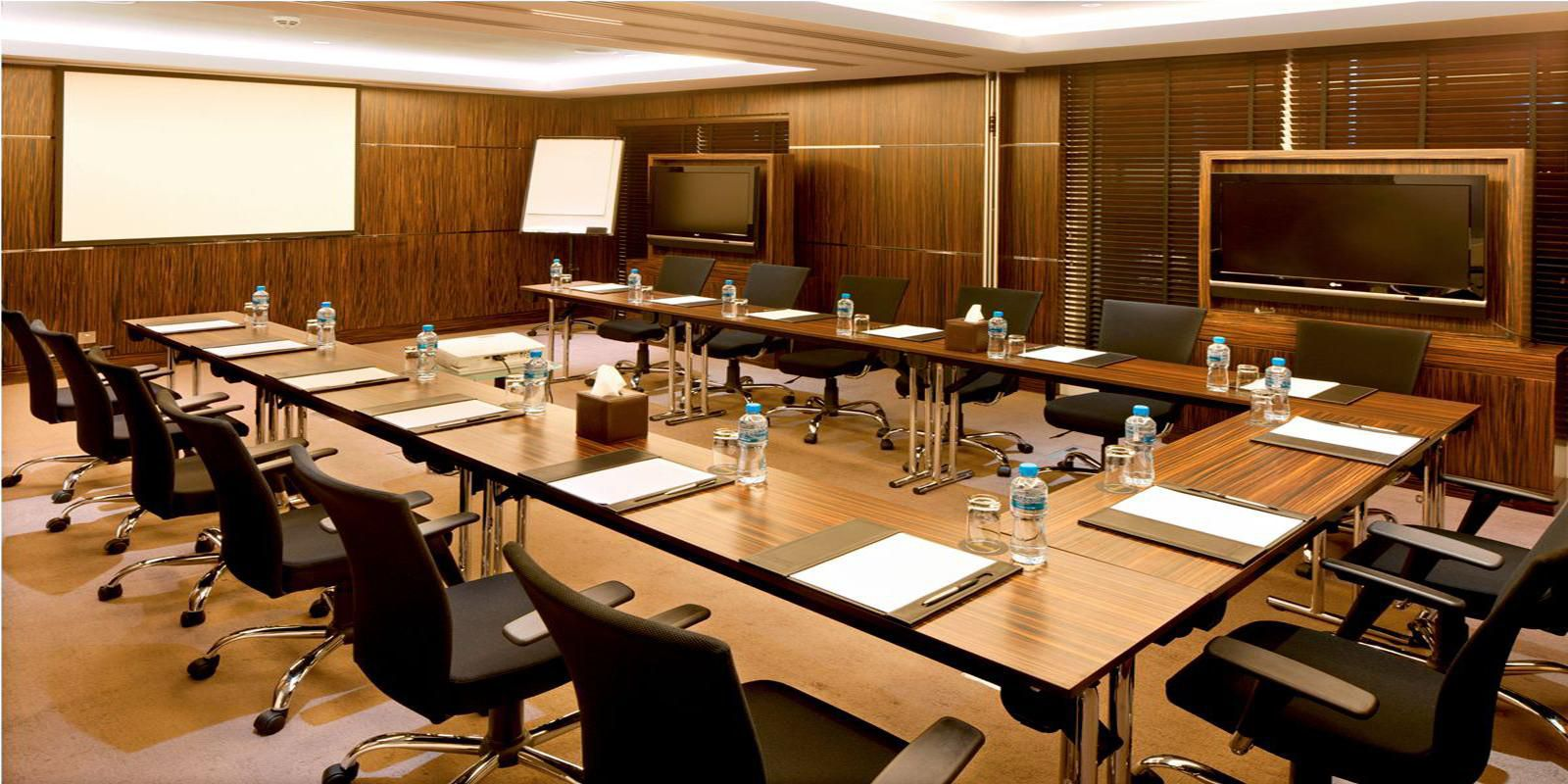 Chelsea 1 & 2 meeting room, Business Centre