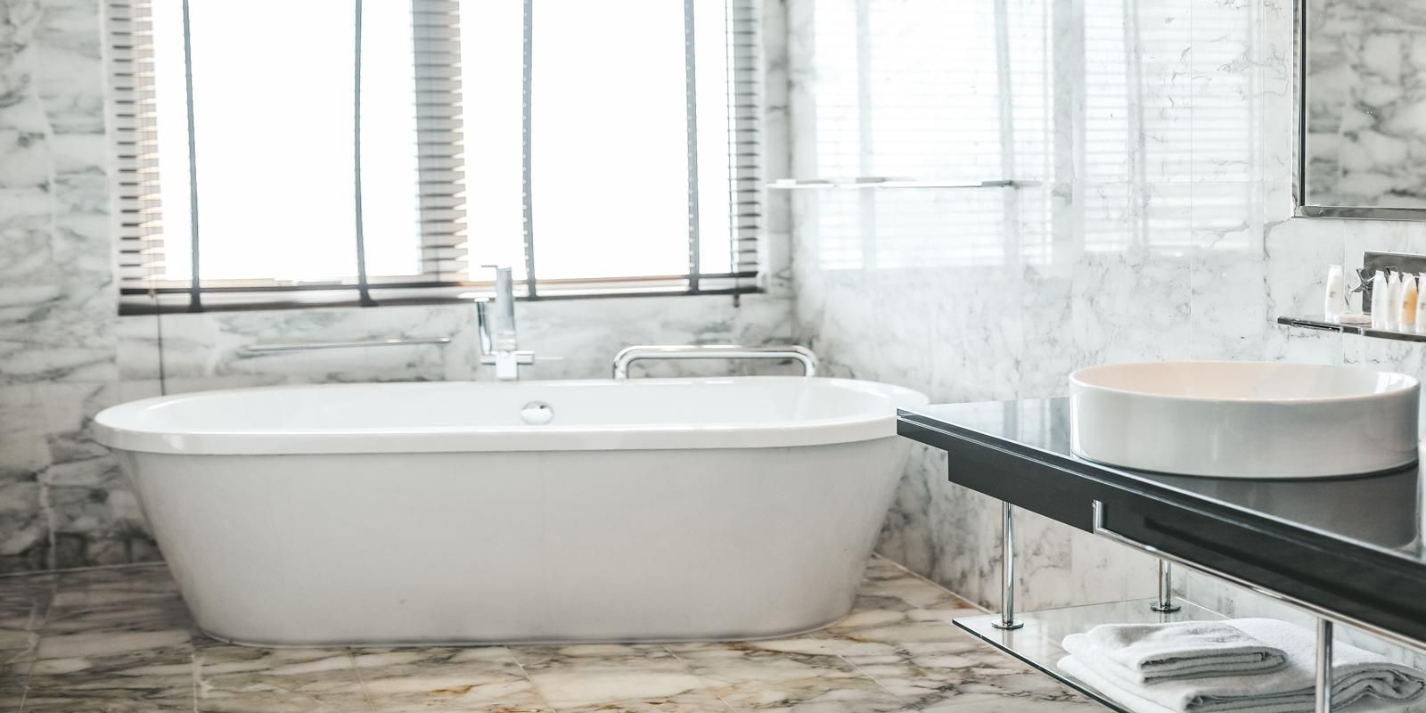Take a soak in our luxurious stand-alone bathtub
