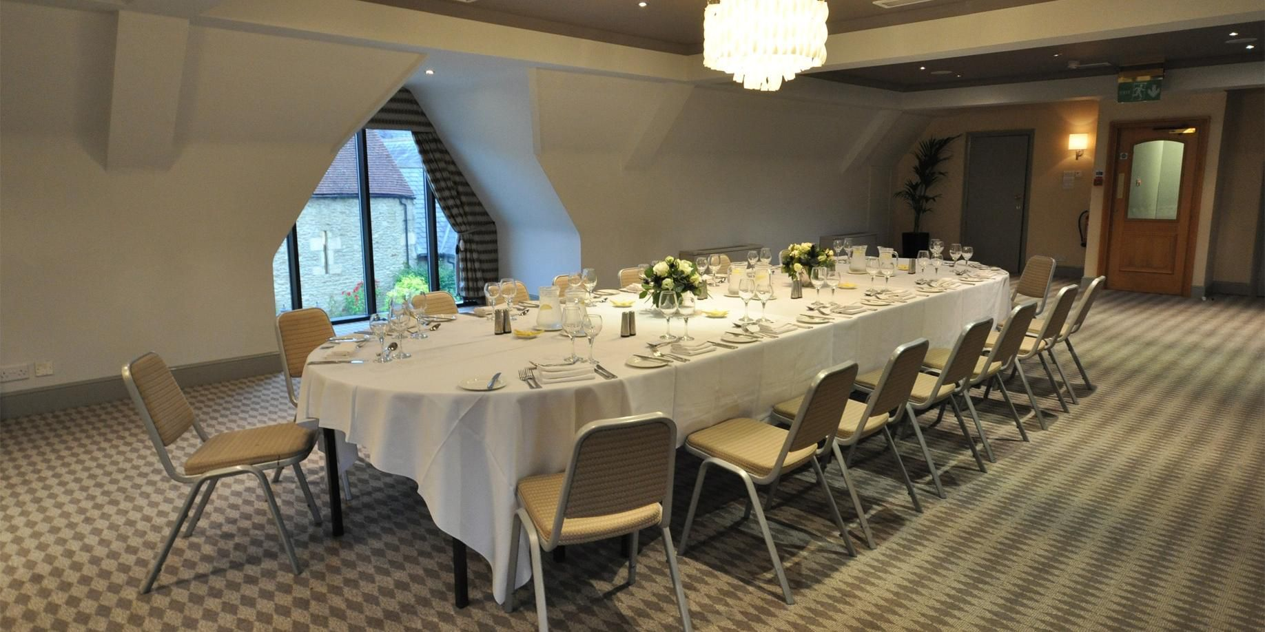 Private dining options, overlooking the river Thames in Oxford