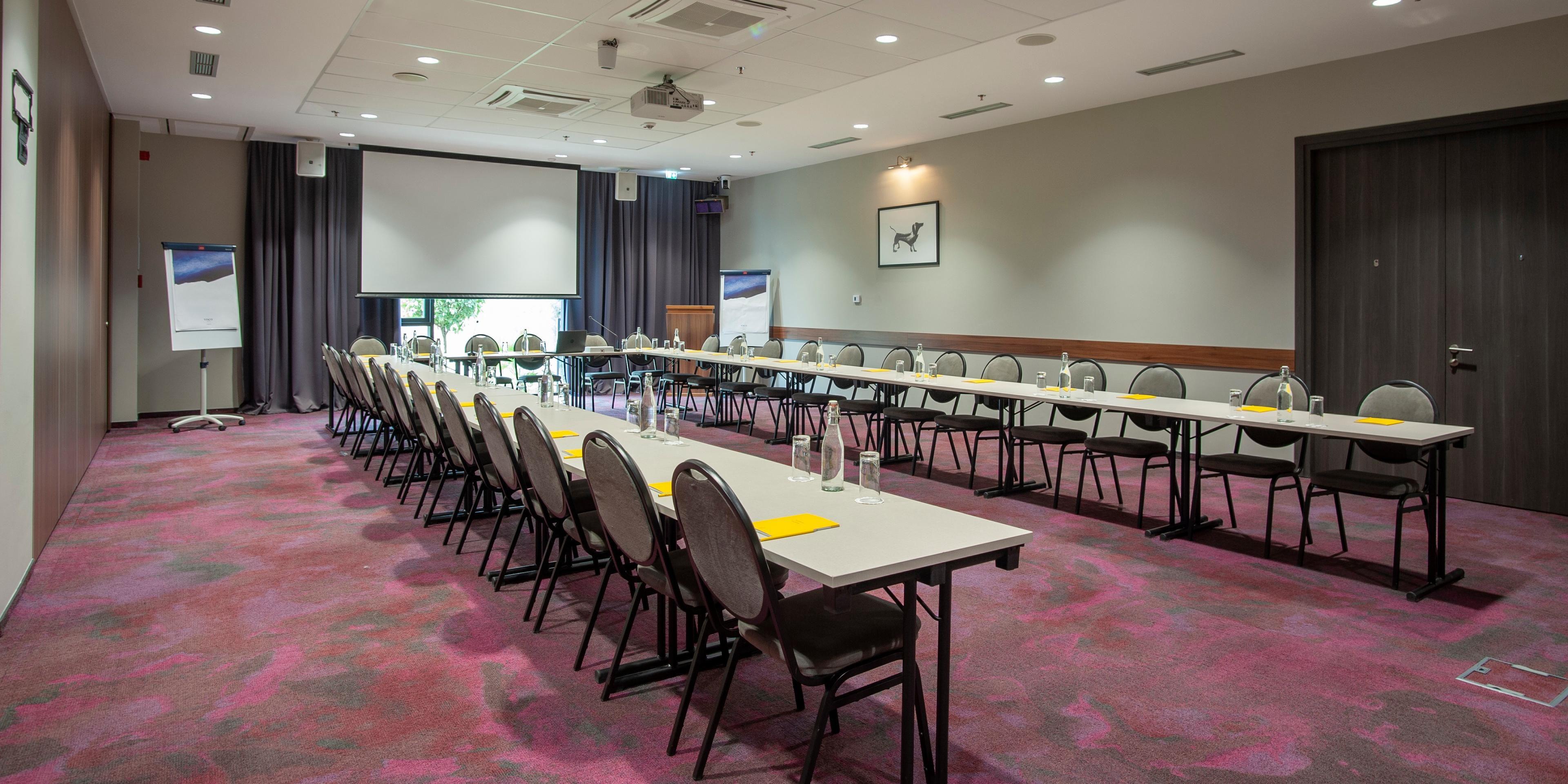 Meeting Room Verde