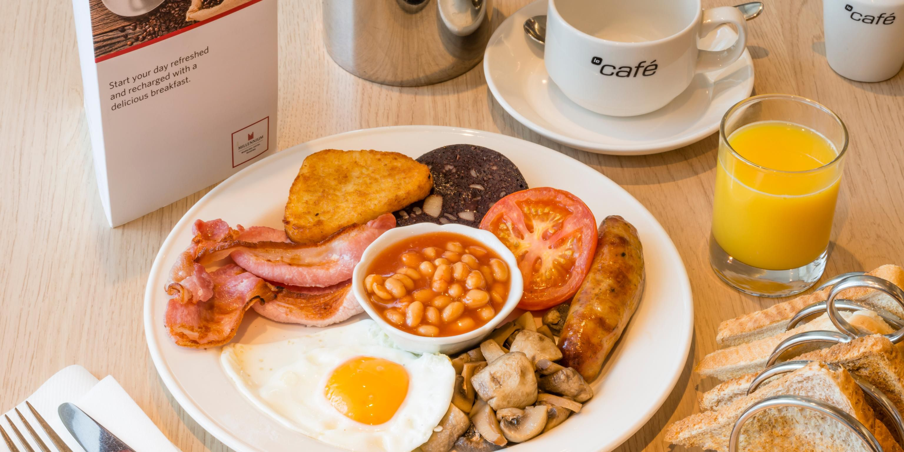 Full English Breakfast in Le Cafe Restaurant