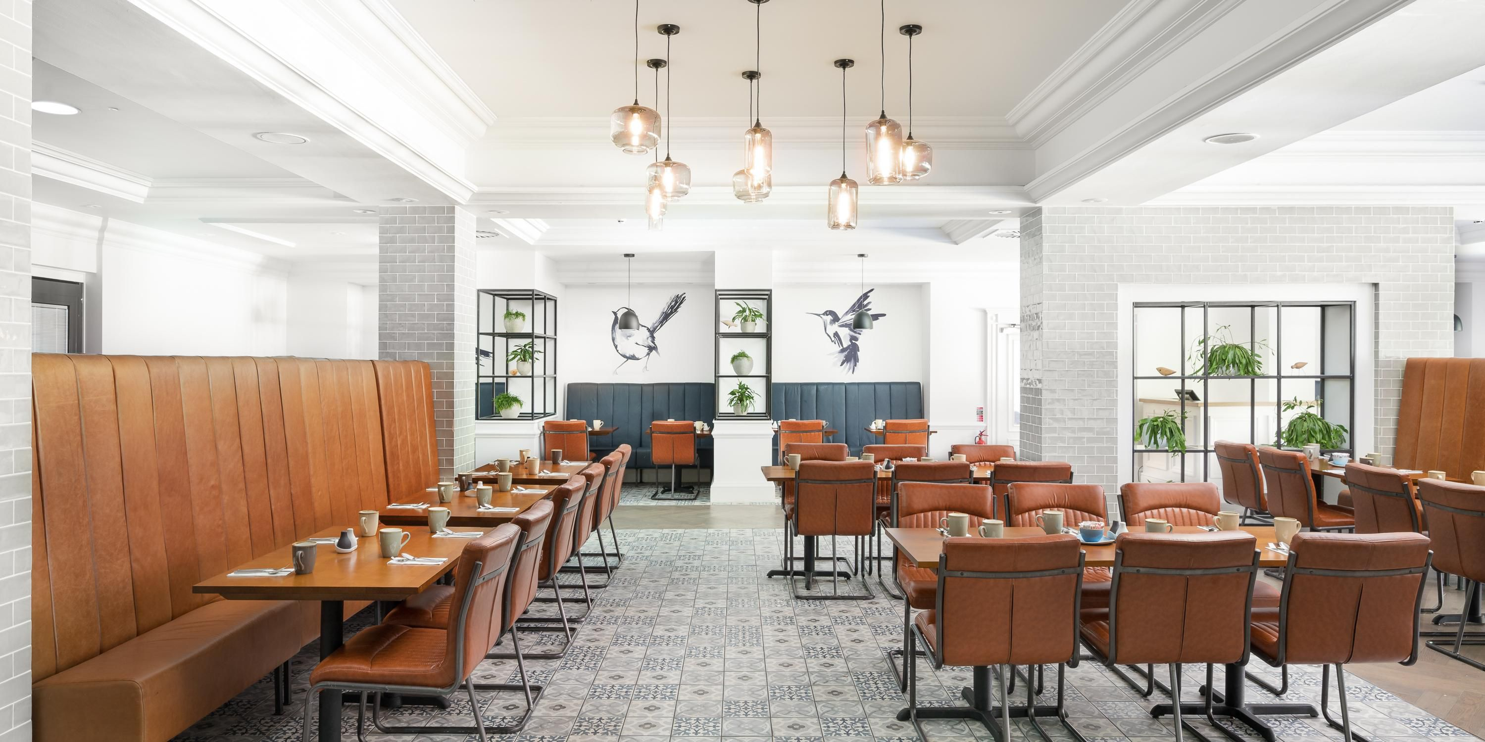 Dining Area in Brasserie six5one