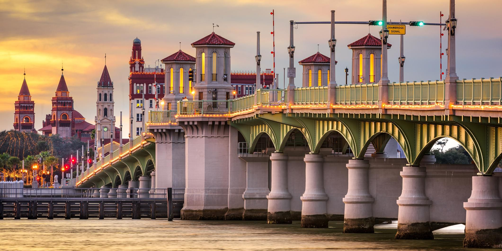 Our St Augustine hotel is close to the Bridge of Lions.