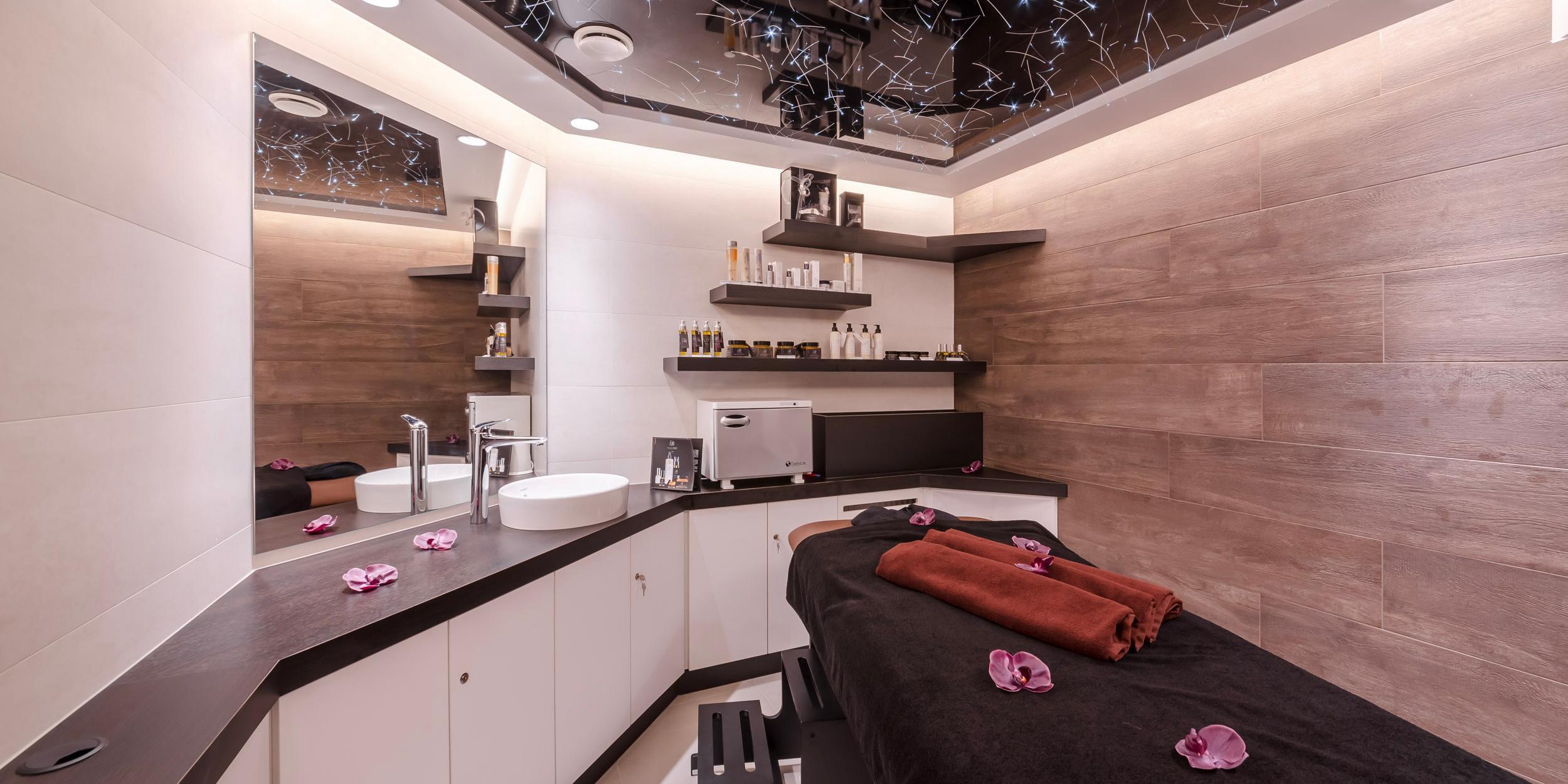Wellness Area - Massage Cabin